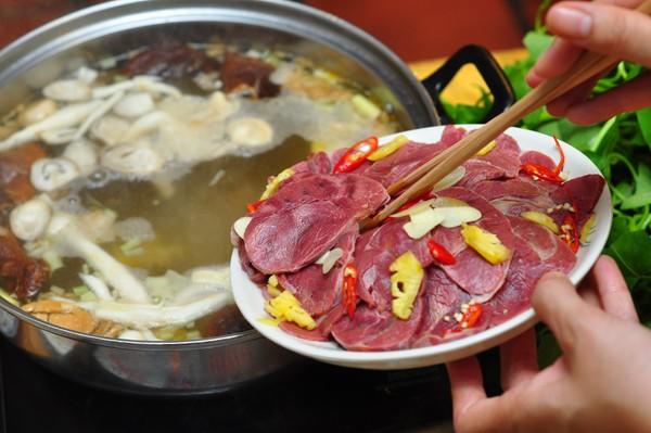 Hướng dẫn nấu lẩu bò – không thể cưỡng lại được