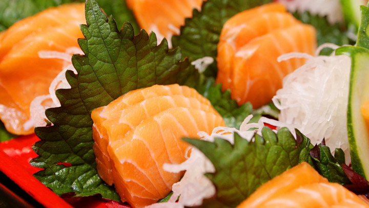 bi-quyet-lam-sashimi-ca-hoi-doc-dao-va-hap-dan-2