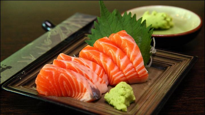bi-quyet-lam-sashimi-ca-hoi-doc-dao-va-hap-dan